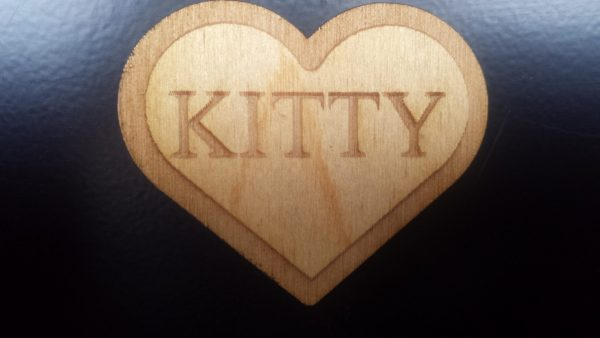 Kitty (Heart shaped) Pin